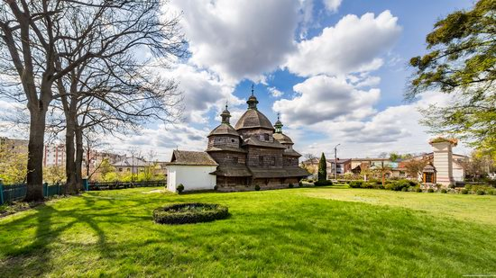Holy Trinity Church in Zhovkva, Ukraine, photo 10