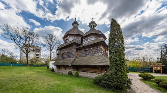 Holy Trinity Church in Zhovkva, Ukraine, photo 11