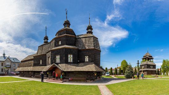 Ascension Church in Chortkiv, Ternopil region, Ukraine, photo 1