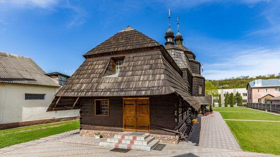 Ascension Church in Chortkiv, Ternopil region, Ukraine, photo 4