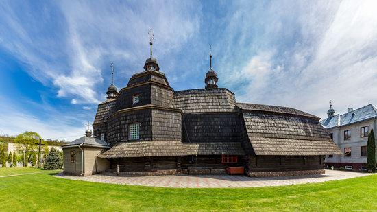 Ascension Church in Chortkiv, Ternopil region, Ukraine, photo 6