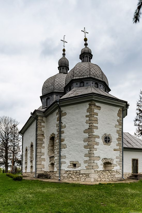 Defensive Church of Transfiguration in Zaluzhzhya, Ukraine, photo 12