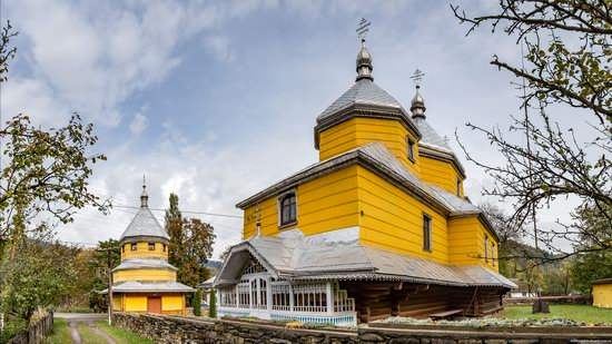 Assumption Church in Roztoky, Chernivtsi region, Ukraine, photo 15