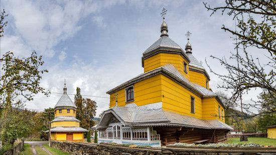 Assumption Church in Roztoky, Chernivtsi region, Ukraine, photo 15