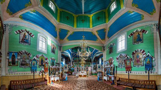 Assumption Church in Roztoky, Chernivtsi region, Ukraine, photo 6