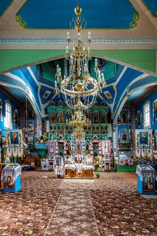 Assumption Church in Roztoky, Chernivtsi region, Ukraine, photo 7
