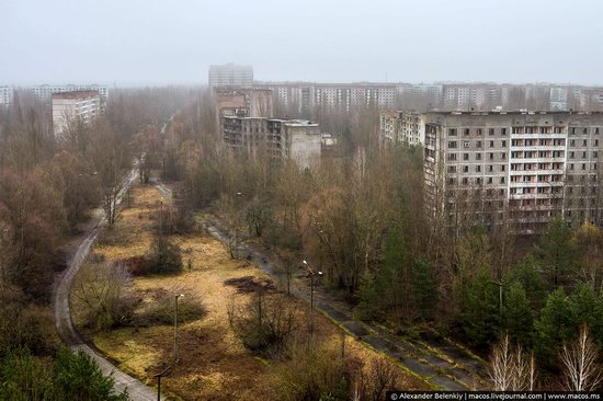 Pripyat, Ukraine - 32 years after evacuation, photo 1