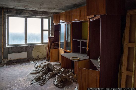 Pripyat, Ukraine - 32 years after evacuation, photo 13