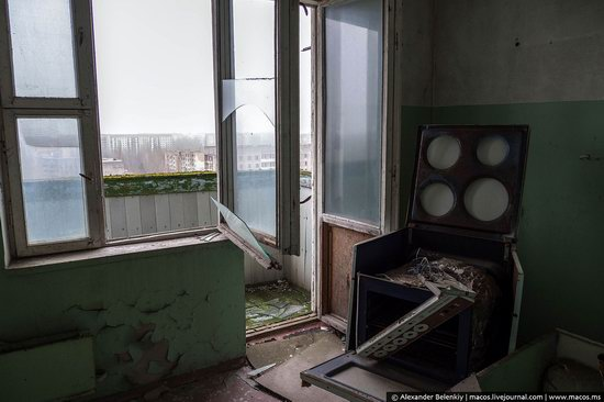Pripyat, Ukraine - 32 years after evacuation, photo 14