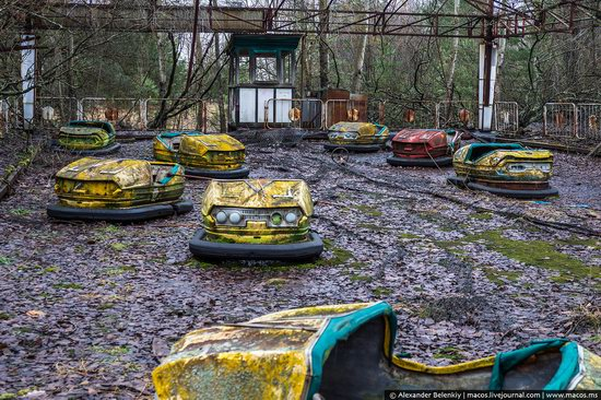 Pripyat, Ukraine - 32 years after evacuation, photo 24