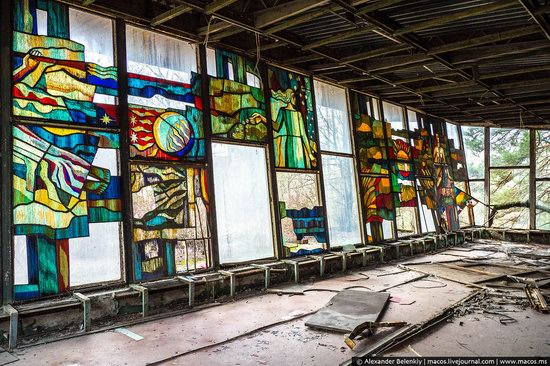 Pripyat, Ukraine - 32 years after evacuation, photo 34