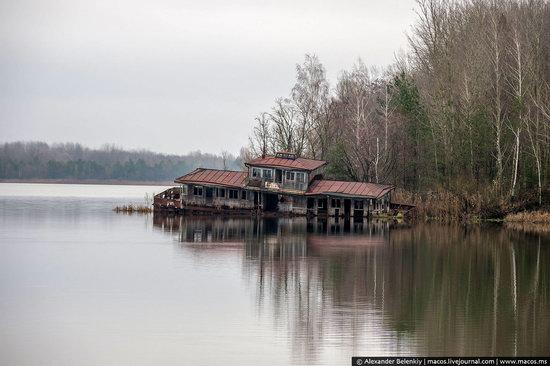 Pripyat, Ukraine - 32 years after evacuation, photo 36