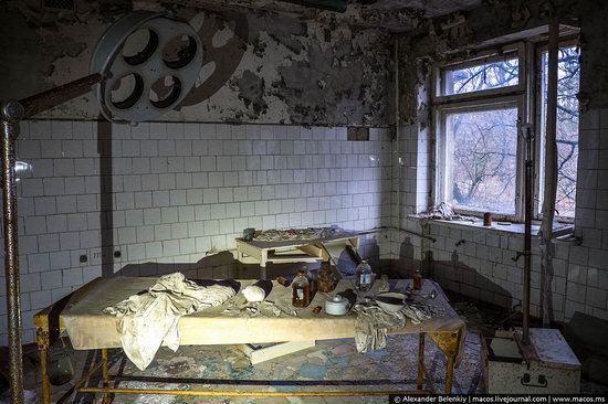 Pripyat, Ukraine - 32 years after evacuation, photo 39