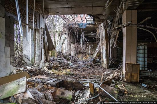 Pripyat, Ukraine - 32 years after evacuation, photo 41