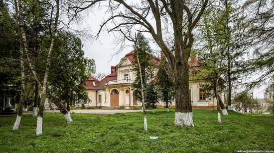 Brunicki Palace in Velykyi Lyubin, Lviv region, Ukraine, photo 16