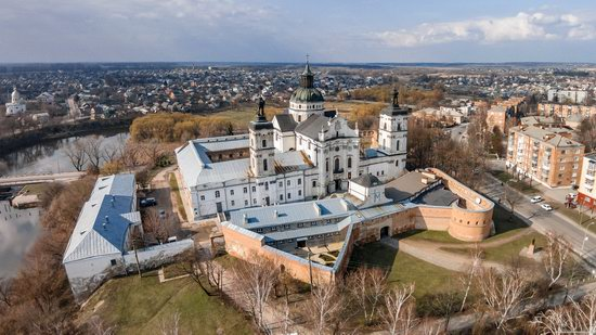 Barefoot Carmelites Monastery in Berdychiv, Ukraine, photo 1