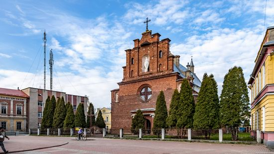 Holy Cross Church in Horodok, Lviv region, Ukraine, photo 1