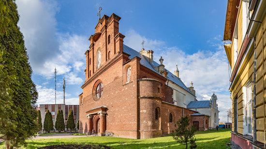 Holy Cross Church in Horodok, Lviv region, Ukraine, photo 2