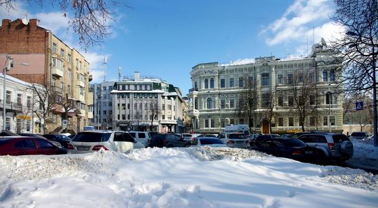 Spring in Kharkiv, Ukraine - after a heavy snowfall, photo 11