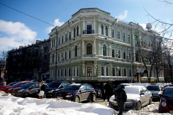 Spring in Kharkiv, Ukraine - after a heavy snowfall, photo 14