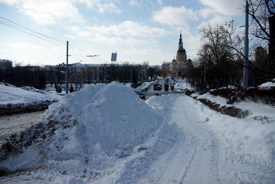Spring in Kharkiv, Ukraine - after a heavy snowfall, photo 4
