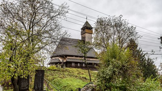 Wooden Churches St. Nicholas in Serednje Vodyane, Ukraine, photo 16