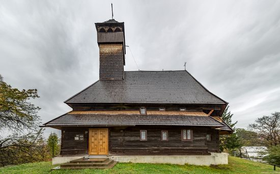 Wooden Churches St. Nicholas in Serednje Vodyane, Ukraine, photo 18