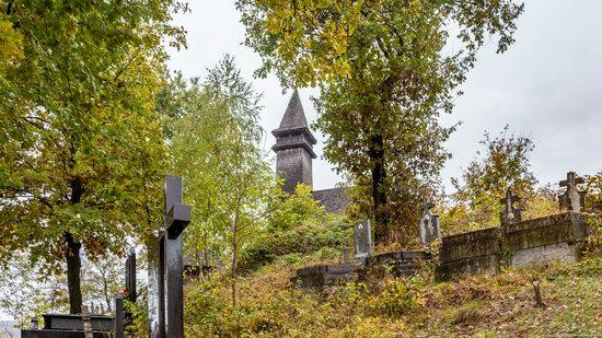 Wooden Churches St. Nicholas in Serednje Vodyane, Ukraine, photo 3