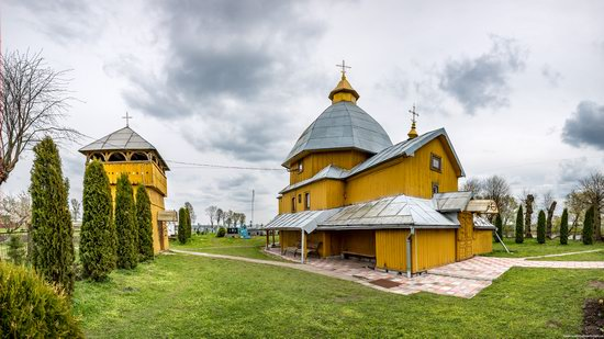 Holy Spirit Church in Vykoty, Lviv region, Ukraine, photo 1