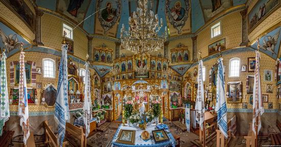 Holy Spirit Church in Vykoty, Lviv region, Ukraine, photo 9
