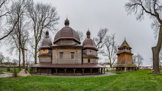 St. Nicholas Church in Kamianka-Buzka, Lviv region, Ukraine, photo 2