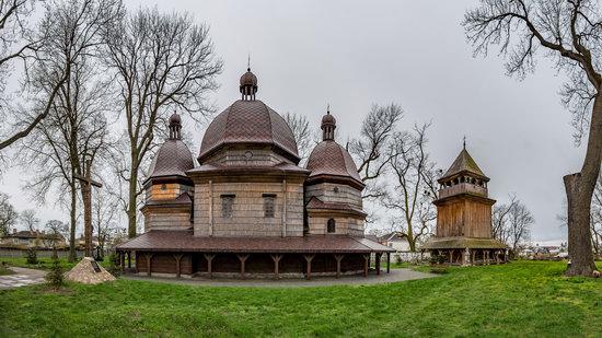 St. Nicholas Church in Kamianka-Buzka, Lviv region, Ukraine, photo 2