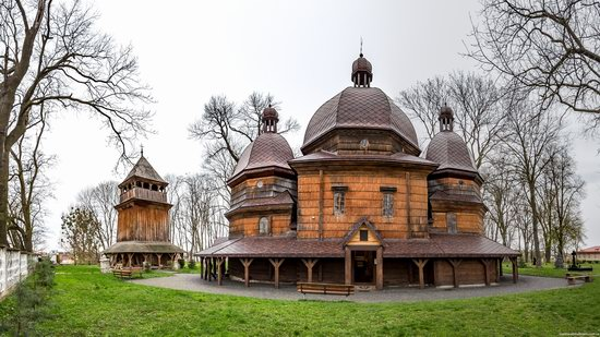 St. Nicholas Church in Kamianka-Buzka, Lviv region, Ukraine, photo 5