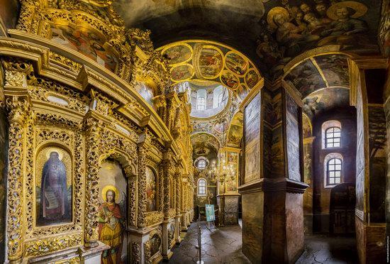 Gate Church of the Trinity in Kyiv, Ukraine, photo 10