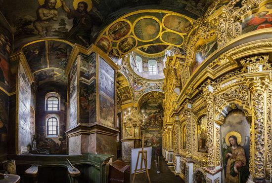 Gate Church of the Trinity in Kyiv, Ukraine, photo 11