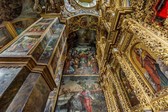 Gate Church of the Trinity in Kyiv, Ukraine, photo 19