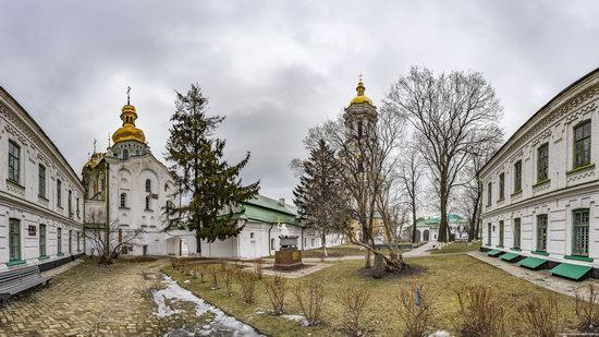 Gate Church of the Trinity in Kyiv, Ukraine, photo 4