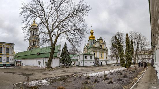 Gate Church of the Trinity in Kyiv, Ukraine, photo 6