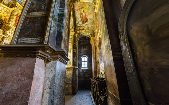 Gate Church of the Trinity in Kyiv, Ukraine, photo 9