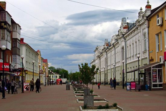 Walking through the streets of Hlukhiv, Ukraine, photo 5