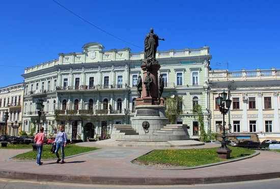 Walking around Odessa, Ukraine in May, photo 13