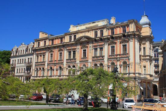 Walking around Odessa, Ukraine in May, photo 9