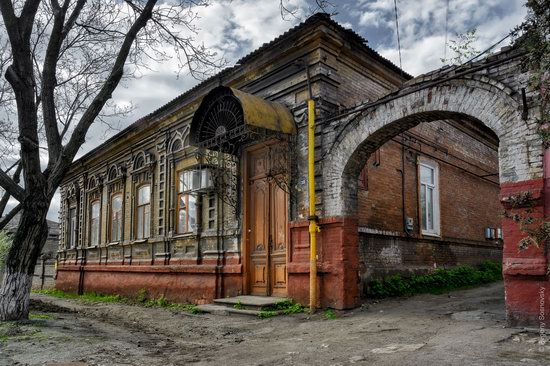 Picturesque Old Houses of Mariupol, Ukraine, photo 16