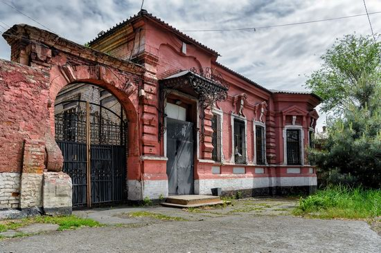 Picturesque Old Houses of Mariupol, Ukraine, photo 26