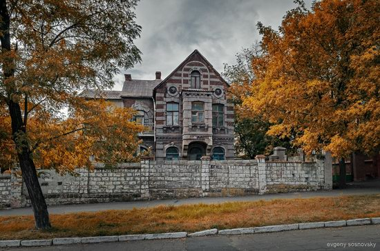 Picturesque Old Houses of Mariupol, Ukraine, photo 3