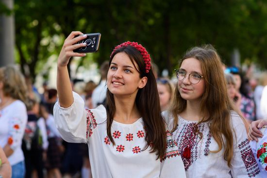 Vyshyvanka Day 2018 in Mariupol, Ukraine, photo 10