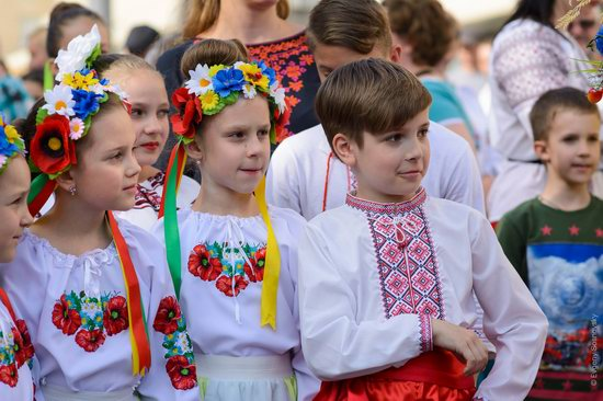 Vyshyvanka Day 2018 in Mariupol, Ukraine, photo 13