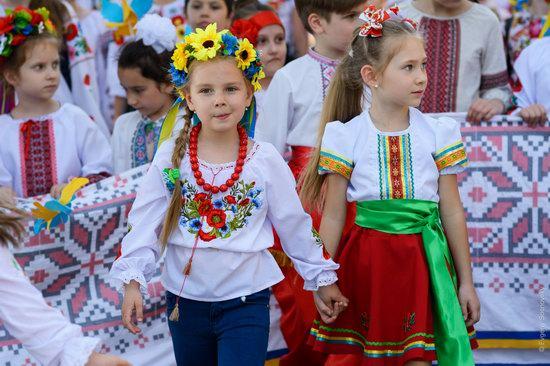 Vyshyvanka Day 2018 in Mariupol, Ukraine, photo 14