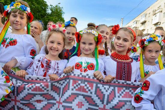Vyshyvanka Day 2018 in Mariupol, Ukraine, photo 2