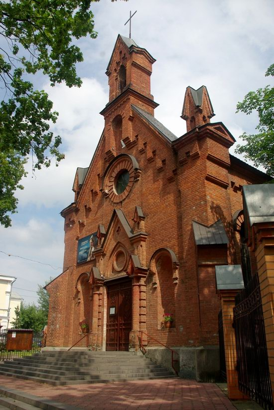 Beautiful churches of Sumy, Ukraine, photo 4